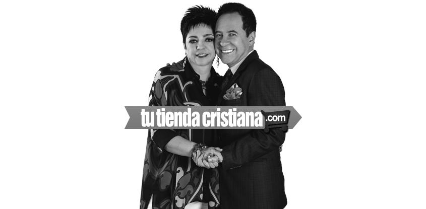 Los pastores Ricardo y Ma. patricia Rodríguez son el personaje de la revista Tu tienda Cristiana